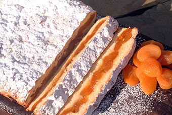 easy apricot slice RFDS cookbook mantle of safety 2