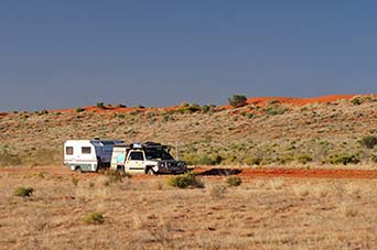 trakmaster gibson desert caming edge of simpson desert